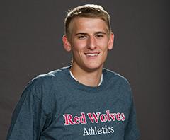 student athlete portrait of Seth Reynolds
