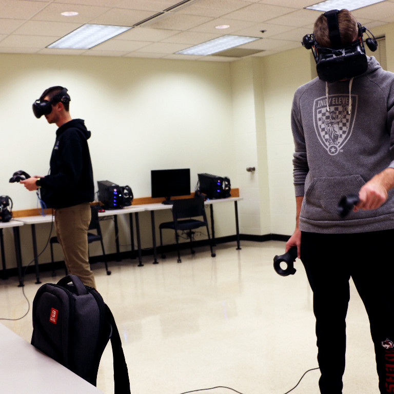 students demonstrate VR Lab